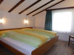 2-ZW-Schlafzimmer.JPG